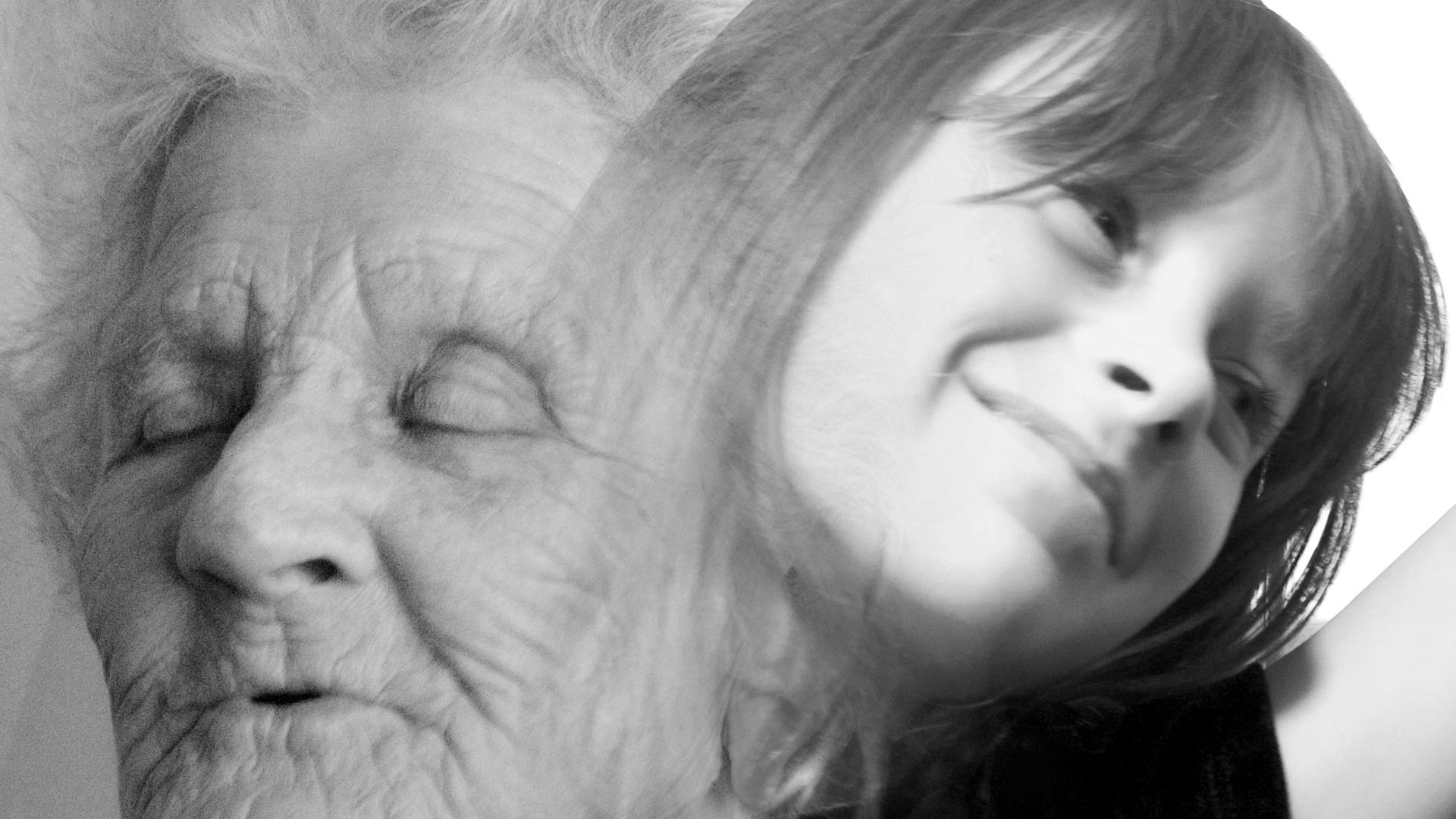 Nuori ja vanha nainen Kuva:flickr/Candace