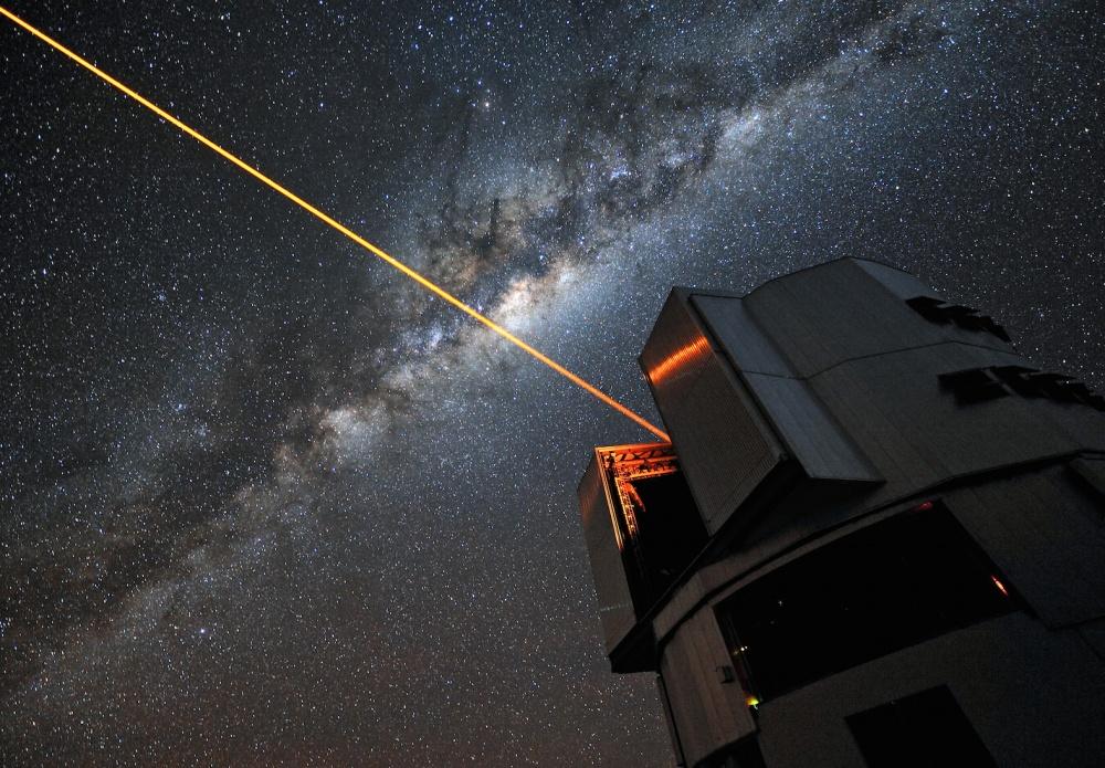 Lasersäde avaruuteen