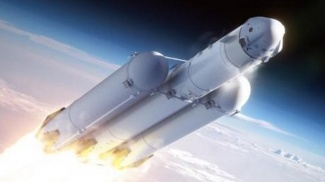 Red Dragon ja Falcon 9 Heavy